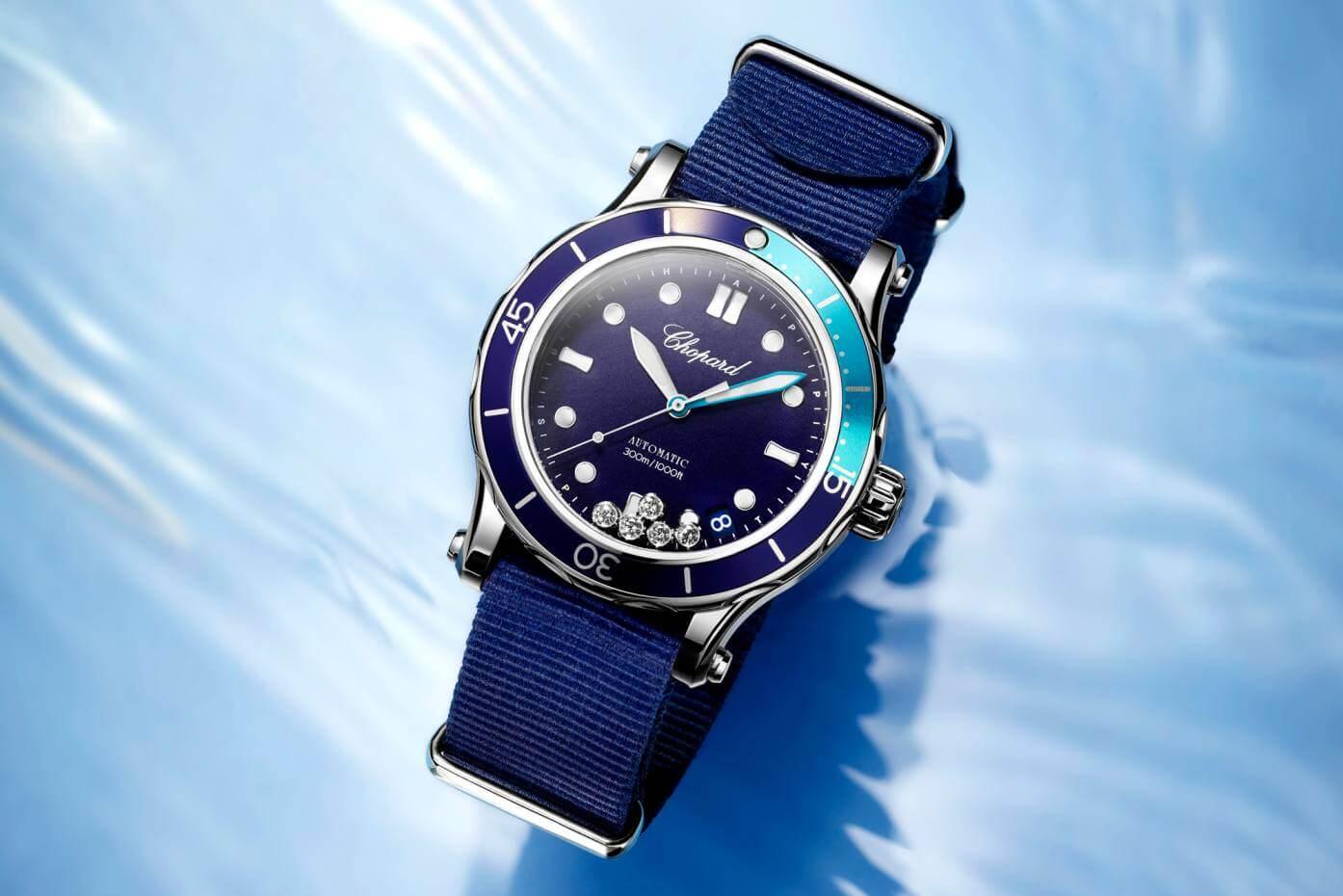 màu sắc tươi sáng của đồng hồ nữ
