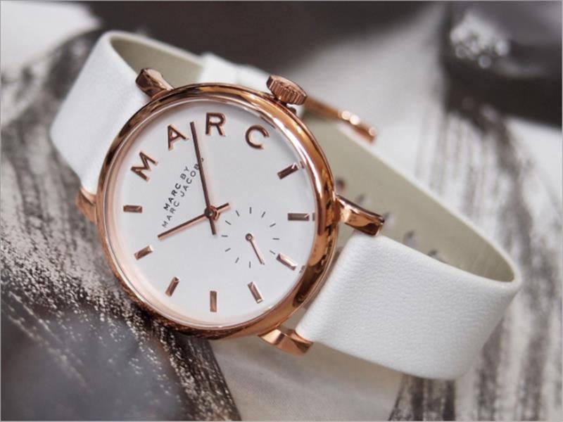 Đồng hồ Marc Jacob chính hãng cúa nước nào