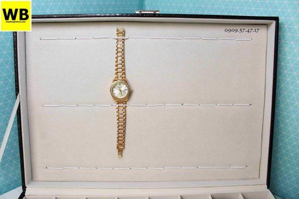 hộp đồng hồ đeo tay