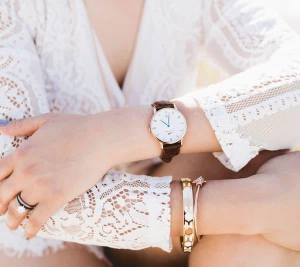 lựa chọn size đồng hồ phù hợp với cổ tay nữ