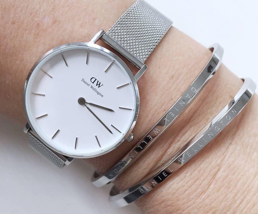 tất tần tật cách đeo đồng hồ DW đẹp