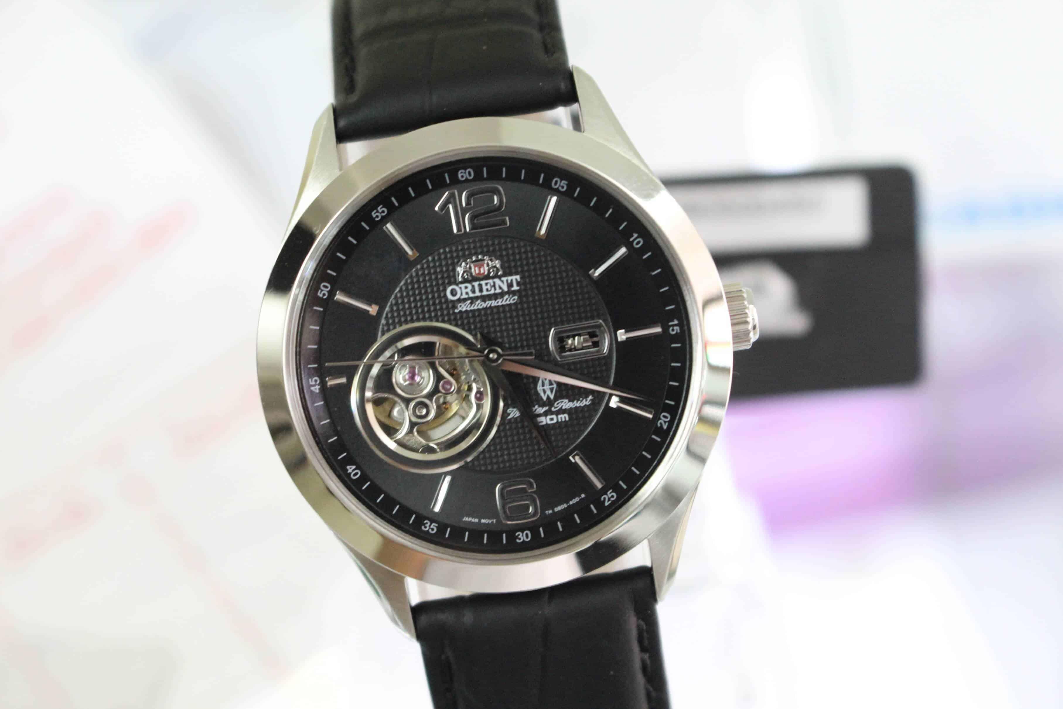 chỉnh đồng hồ cơ có giờ chạy chậm hoặc nhanh