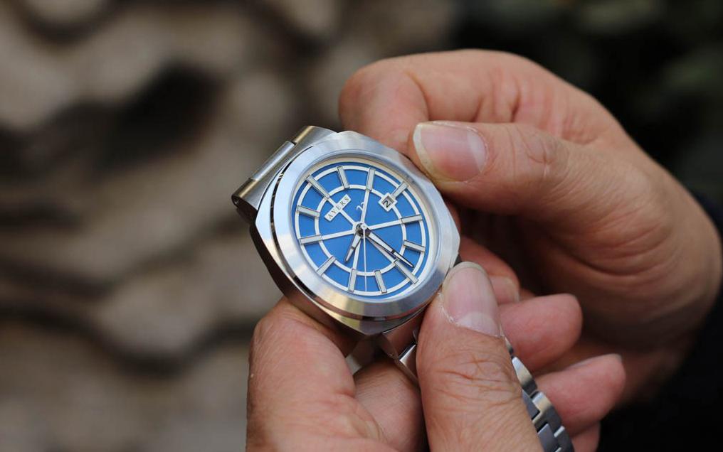 hướng dẫn bạn chỉnh ngày cho đồng hồ cơ chuẩn xác